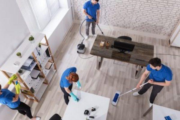 House-Cleaning-In-Santa-Barbara-400x300
